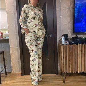 Zara 2pc pant suit US M
